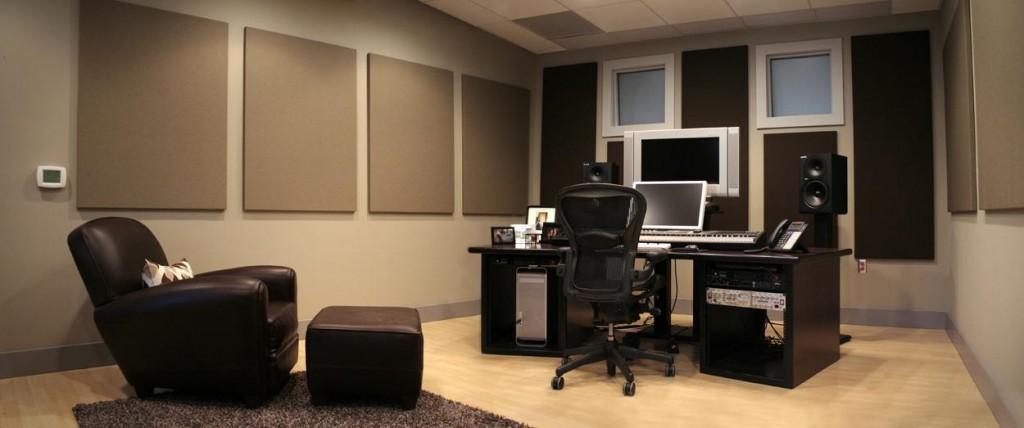 AH2, Composer Room