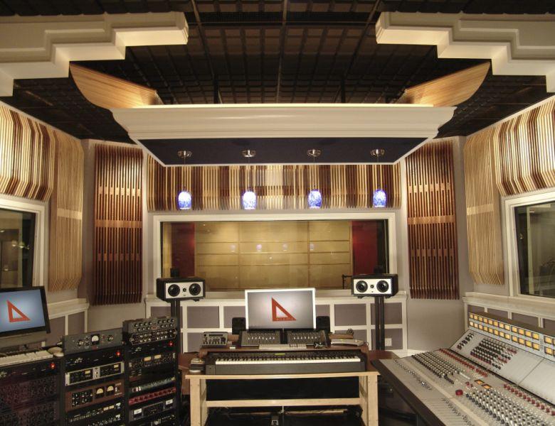 Recording studio designer builder remodel los angeles for Professional room designer