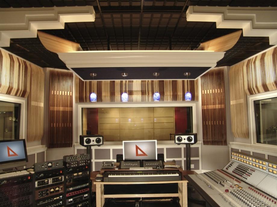 audiomachine, Burbank : Steven Klein's Sound Control Room ...