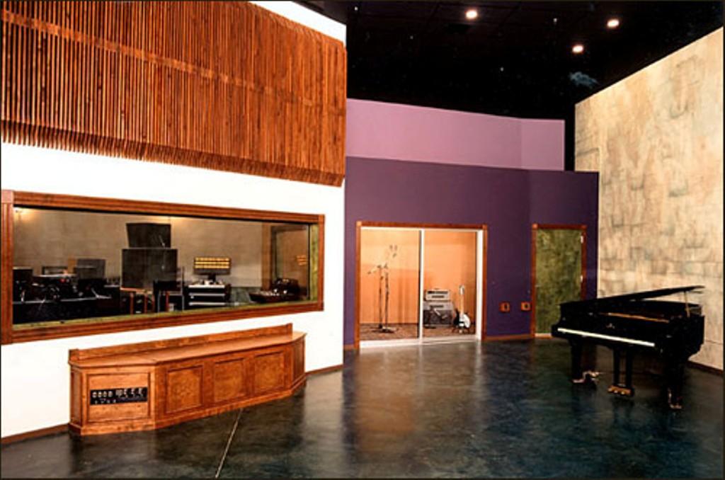Eldorado recording studios steven klein s sound control room inc for Recording studio live room design